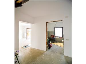 Casa individuala de vanzare- 5 camere- arhitectura deosebita