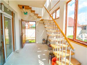 Haus zum Verkauf in Sibiu - Einzel - Mansarde Dachboden - Selimbar