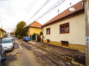 Casa de vanzare in Sibiu - complet mobilata si utilata - zona PREMIUM