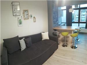 Apartament 3 camere de închiriat central- cheltuieli incluse în preț