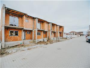 Casa de vanzare in Sibiu - 5 camere - curte libera generoasa