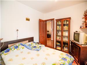 Casa individuala, la cheie, curte mare de vanzare in Sibiu