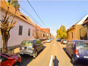 Casa de vanzare in Sibiu - Vila cu 3 apartamente Lux in Piata Cluj