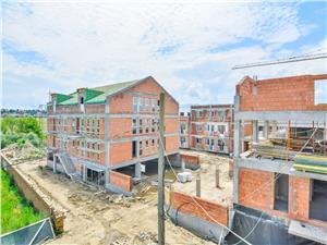 Apartament de vanzare in Sibiu - 4 camere - curte de 60 mp