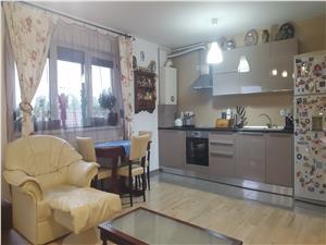 Apartament 3 camere - Etaj Intermediar + Balcon si Loc de parcare