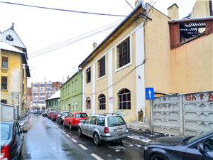 House for sale in Sibiu - central area - 600 qm living space