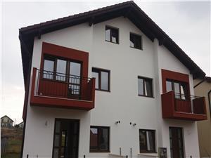 Duplex NOU cu spatiu verde in zona rezidentiala de case