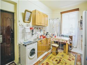 Apartament de vanzare in Sibiu - Central 9 Mai -2 camere, Pivnita, Pod