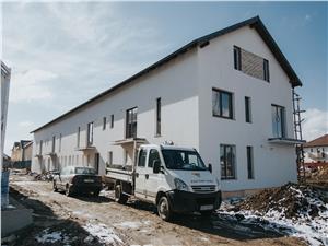 Apartament de vanzare - 2 camere - cu terasa mare si teren de 43 mp