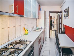 Apartament de vanzare in Sibiu 3 camere Decomandat etaj intermediar