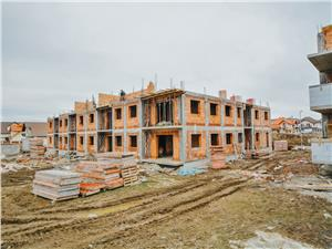 Spatiu comercial de vanzare in Sibiu - imobil nou - gradina proprie