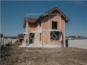 Casa de vanzare in Sibiu - individuala - 250mp utili - 1300mp teren