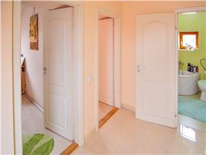 Apartament de vanzare in Sibiu 4 camere decomandate - CENTRAL -la Casa