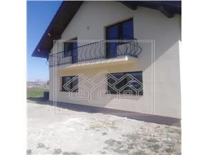 Casa de vanzare in Sibiu  de tip Single cu Gradina in zona Talmaciu