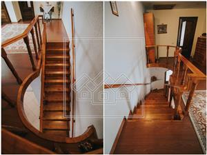 Casa de vanzare in Sibiu - 6 camere - garaj dublu - zona Trei Stejari