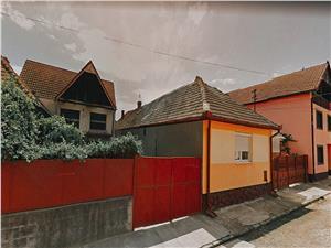 Casa de vanzare in Sibiu - 3 camere - zona Terezian / Piata Cluj