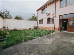 Casa individuala cu spatiu comercial in Sibiu - Locatie deosebita