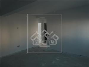 Apartament de vanzare in Sibiu - 3 camere - pod de 70 mp
