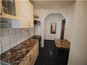 Apartament de vanzare in Sibiu - 3 camere + bucatarie - pivnita