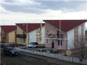 Casa de vanzare in Sibiu - Sura Mica, gradina 500 mp - Complex Eden