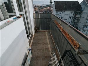 Apartament de vanzare in Sibiu(Mansarda) -3 camere si 2 balc-Terezian