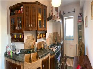 Apartament de vanzare in Sibiu - decomandat - etaj 1,Mobilat si Utilat