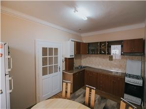 Apartament de inchiriat in Sibiu la casa - 3 camere-mobilat si utilat