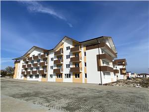 Apartament 3 camere de vanzare in Sibiu - balcon - Finisat la alb - R