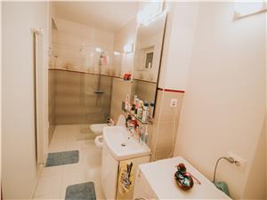 Apartament de vanzare in Sibiu - 4 Camere si 2 balcoane-  Zona Buna