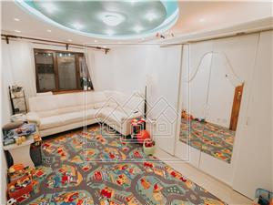 Apartament de vanzare in Sibiu - 4 camere cu balcon si pivnita-