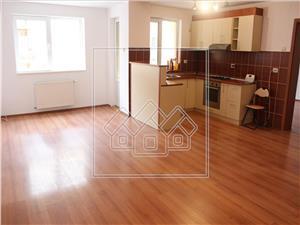 Apartament de vanzare in Sibiu - Etaj Intermediar finisat La Cheie