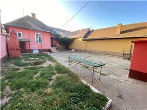 Casa 3 camere de vanzare in Sibiu - Teren 700 mp -