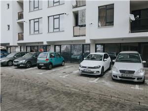 Spatiu de birouri de vanzare in Sibiu, imobil nou, parter cu vitrine