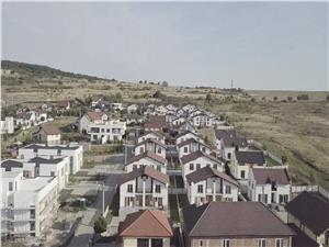 Casa de vanzare in Sibiu - 4 camere - INTABULATA - finisata la cheie