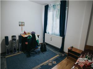Apartament 4 camere de vanzare in Sibiu -mobilat si utilat-