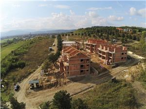 Apartament 3 camere, 2 bai si logie 13 mp - vila cu doar 2 etaje