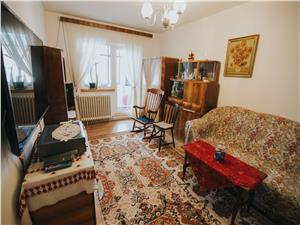 Apartament 3 camere de vanzare in Sibiu, Valea Aurie, decomandat