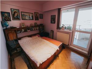 Apartament 4 camere de vanzare in Sibiu-cu pivnita-Sos. Alba Iulia