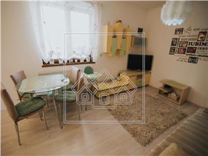 Apartament de vanzare in Sibiu -3 camere cu curte privata-