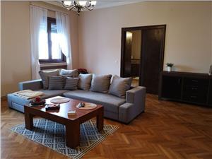 Apartament de inchiriat in Sibiu - 3 camere si 2 bai- Ultracentral