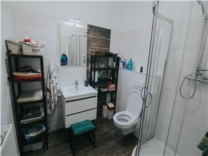 Apartament de inchiriat in Sibiu -3 camere si doua bai- Zona Centrala