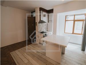 Apartament 3 camere de inchiriat in Sibiu -Zona Centrala