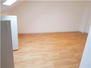 Apartament de vanzare in Sibiu (Mansarda) - 3 camere - zona buna