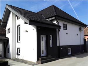Casa vila de vanzare in Sibiu, zona frumoasa de case, ultra luxoasa