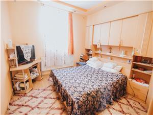 Wohnung zum Verkauf in Sibiu - ein Zimmer - mit Keller, Garage und Ter