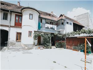 Apartament de vanzare in Sibiu-o camera-cu pivnita, garaj si terasa