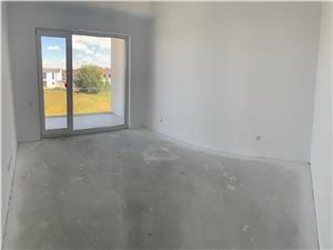 Apartament 3 camere de vanzare in Sibiu Cu Terasa si Gradina