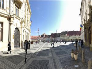 Apartament Ultra-central in Piata Mare