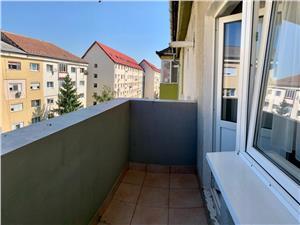 Apartament de vanzare in Sibiu - V. Aaron cu Pivnita si 2 Balcoane