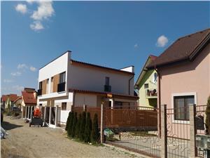 Casa de vanzare in Sibiu, in duplex, zona Triajului